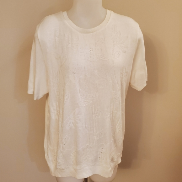 Vintage White Embossed Dressy Crew Sweater Top XL